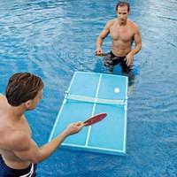 Une table de ping pong flottante