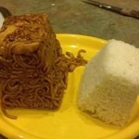 Bloc de riz et de nouilles porc au caramel