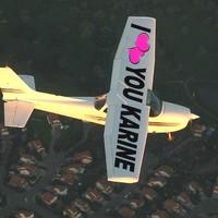 Pendant un saut en parachute