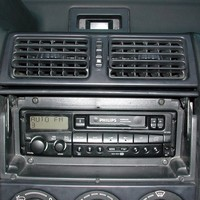 Un autoradio Philips