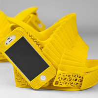 La chaussure coque de portable