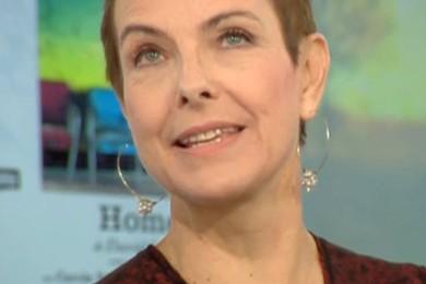 Que pensez-vous de la nouvelle coiffure de Carole Bouquet? Montrez vos réactions les amis! Votez!