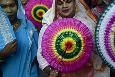 La première marche transgenre a eu lieu au Bangladesh, vous en avez pensé quoi?