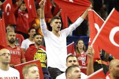 Quelle serait votre réaction si la Turquie était qualifiée? Exprimez vous en toute liberté ! Votez!