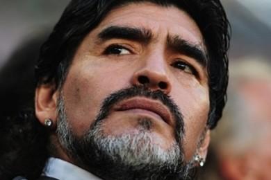Diego Maradona a l'intention d'occuper des fonctions importante à la FIFA...Votre réaction?