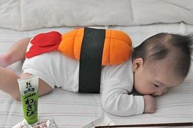 Un bébé-sushi! Vous trouvez que c'est une bonne idée?