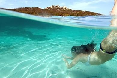 Vous préférez nager à la mer ou à la piscine?