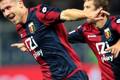 Il a 28 ans, il est slovaque, et pour 3 petits millions,il a rejoint le Milan AC. Qu'en pensez-vous?