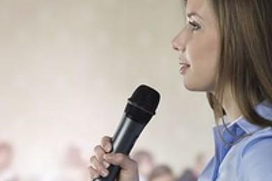 Aimez-vous prendre la parole en public?