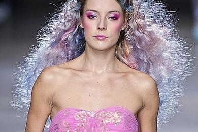 Les cheveux pastels multicolores vous adoptez ? Fraîcheur printanière ou petit poney sous acides ?