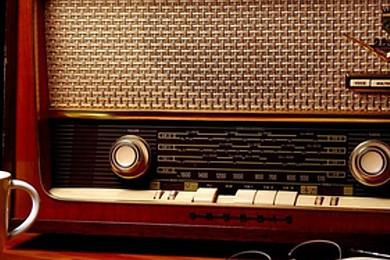 Ecoutez-vous la radio?Il y a tellement d'options pour écouter de la musique ou les infos. Alors?