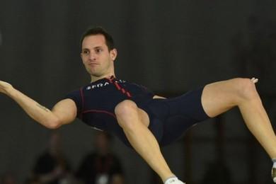 Lavillenie s'envoie en l'air et retombe champion du monde
