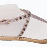 Sandali rasoterra