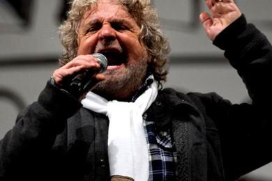 Beppe Grillo dice addio alla politica. Che ne pensi?