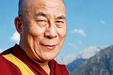 """Dalai Lama in Italia: """"I vostri immigrati sono troppi, bisogna avere il coraggio di dire basta"""""""