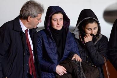Greta e Vanessa: il Ministro Gentiloni deve dimettersi?