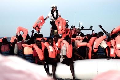 Migranti: Credi che le critiche all'Italia siano giuste?