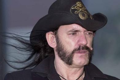 Come ti senti per la morte di Lemmy Kilmister?