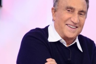 Emilio Fede: vivo in una condizione di crisi totale e 'Silvio' non mi aiuta