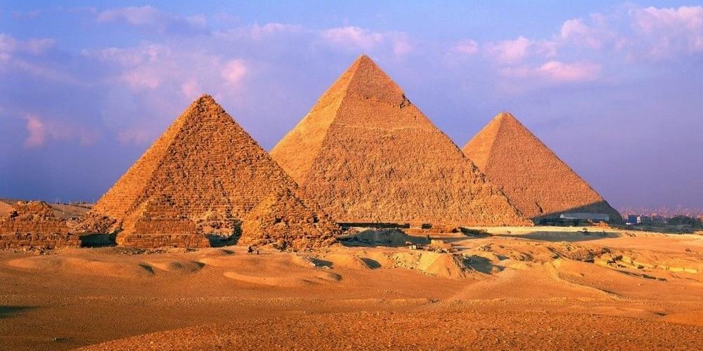 La scoperta del secolo: due stanze segrete nella tomba di Tutankhamon