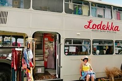 Boutiques on wheels -are LA fashion trucks a cool idea?