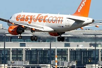 EasyJet flight crew 'hit the ceiling' after heavy turbulence