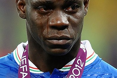 Premier League up in arms over racist Balotelli tweet