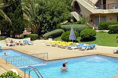 Trivago hotel or Trip Advisor hotel?