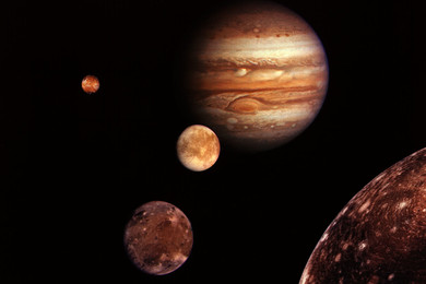 Tonight; April, 18 2016; Jupiter expected to keep the Moon company
