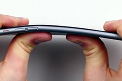 Are the reports about iPhone 6 and 6 Plus phones bending, overblown?