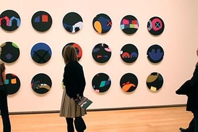 A modern art museum is a good first date