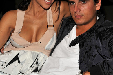 Should Kourtney kick Scott to the curb?