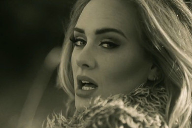 The british singer Adele is finally back!